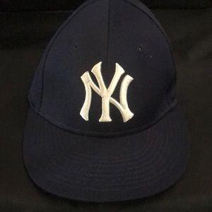 Team major league baseball cap
